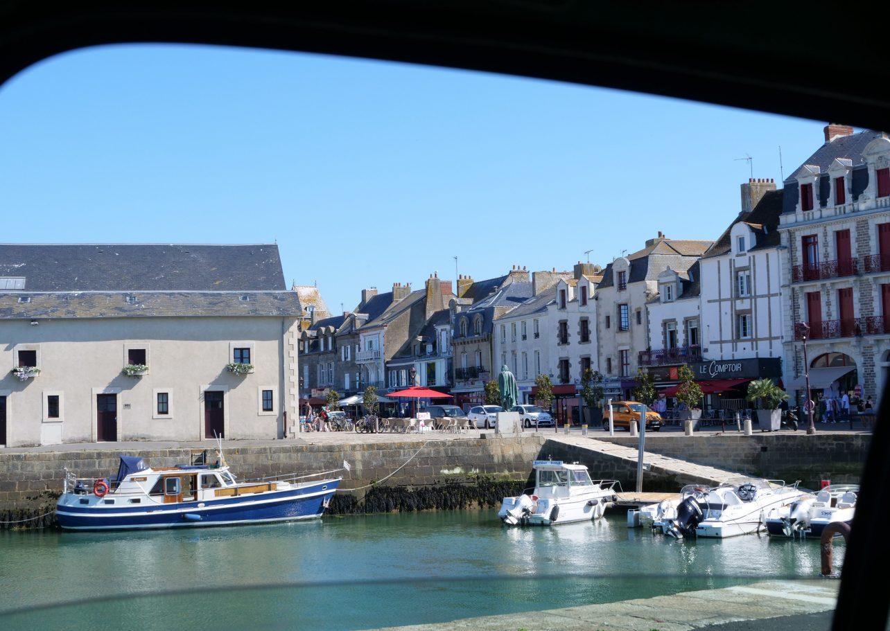 Le port, la criée et les maisons historiques du Croisic