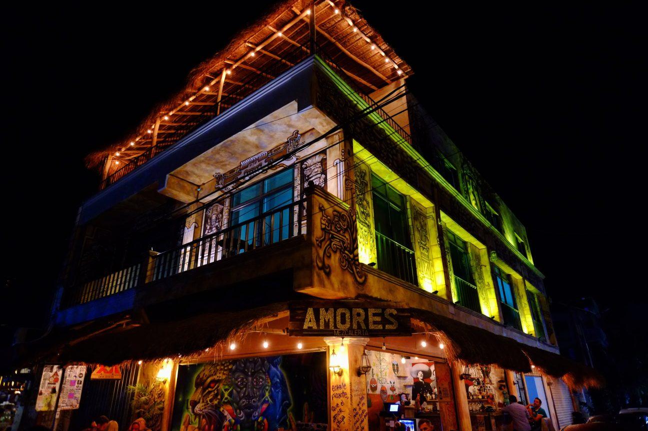 Amores, un bar fantasmagorique, Tulum, Quintana Roo