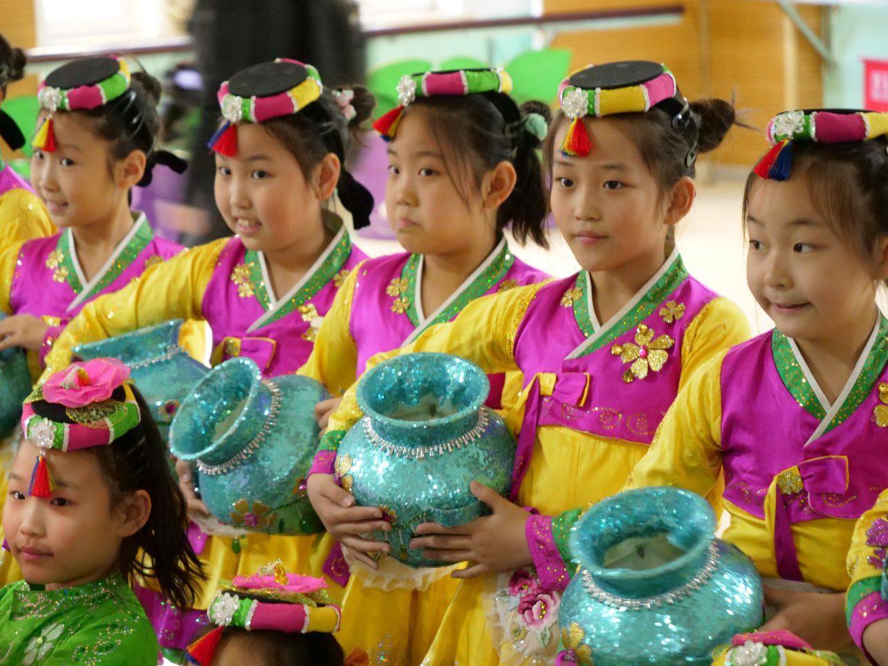 La culture coréenne et la danse enseignée dans une école de Yanji