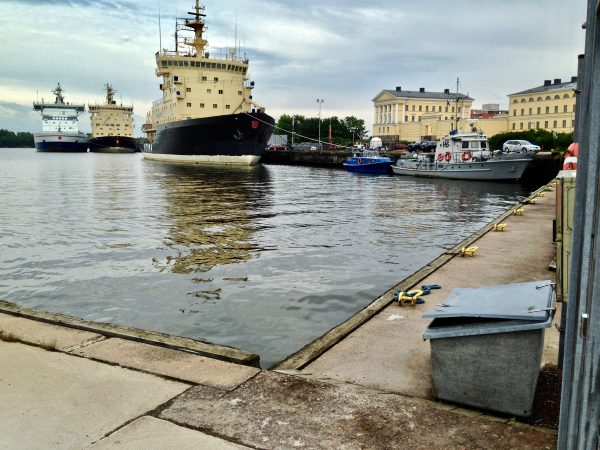 Les brises glaces du port d'Helsinki