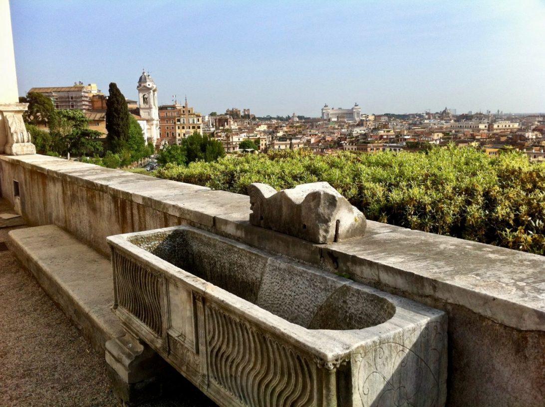 L'une des plus belles vues sur Rome depuis la villa Médicis