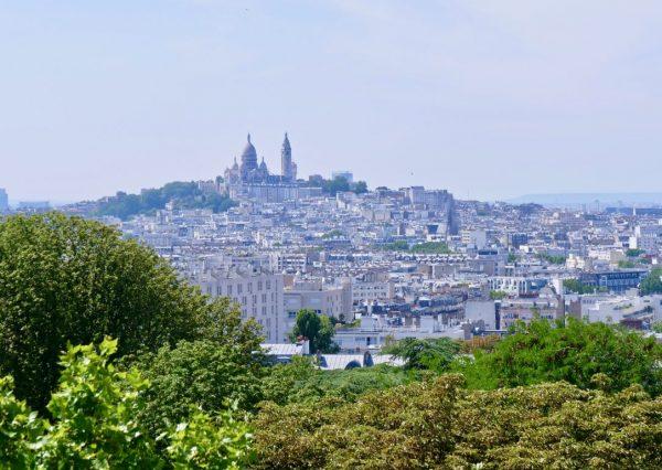 Montmartre vue depuis les buttes Chaumont