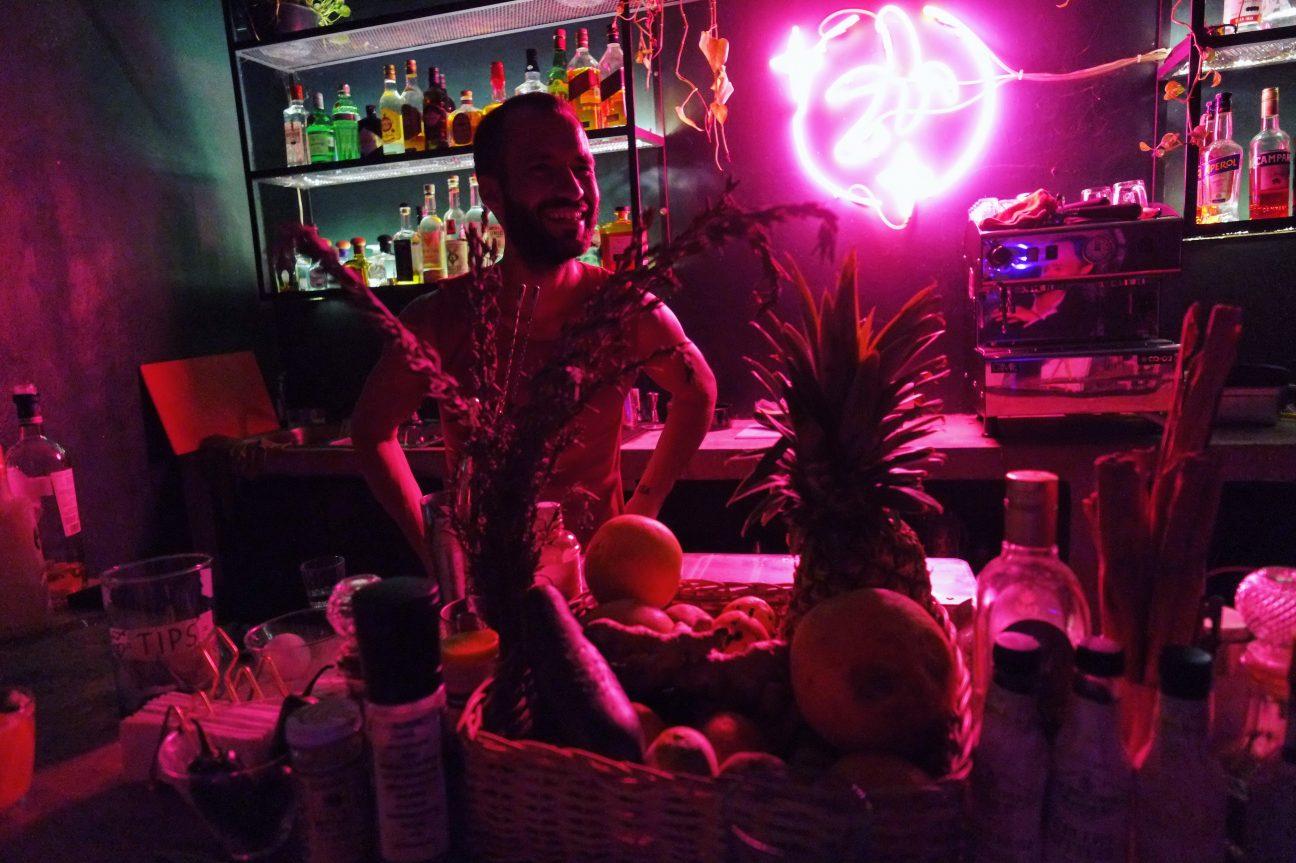 Reflet dans un bar de Tulum, Fruit