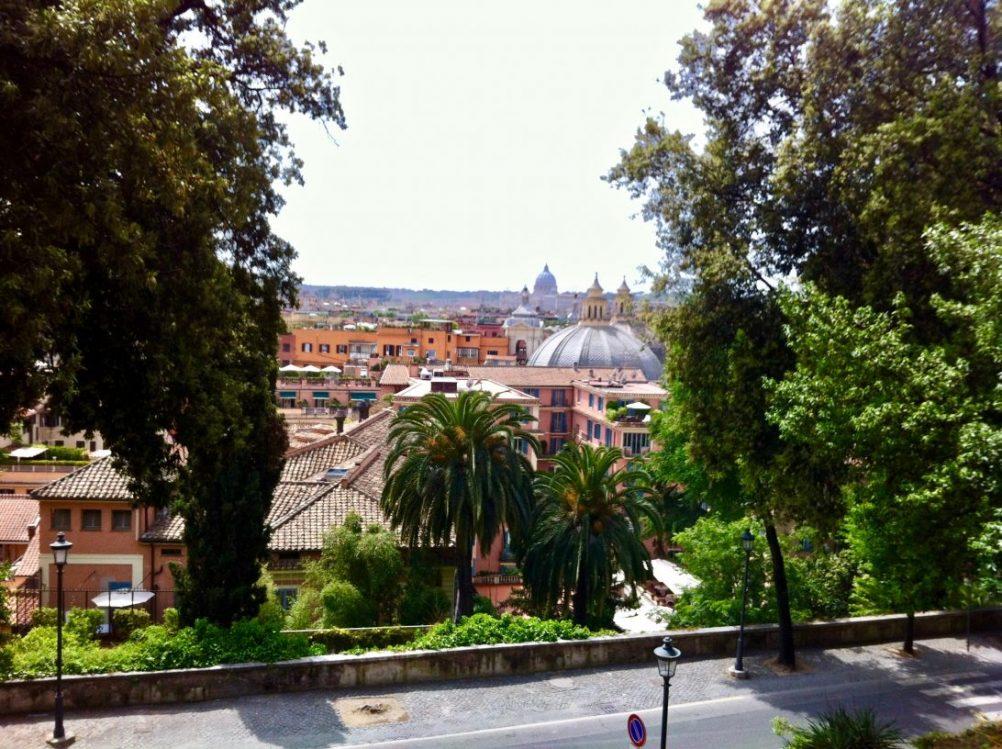 Une superbe vue depuis la viella della Trinita dei Monti