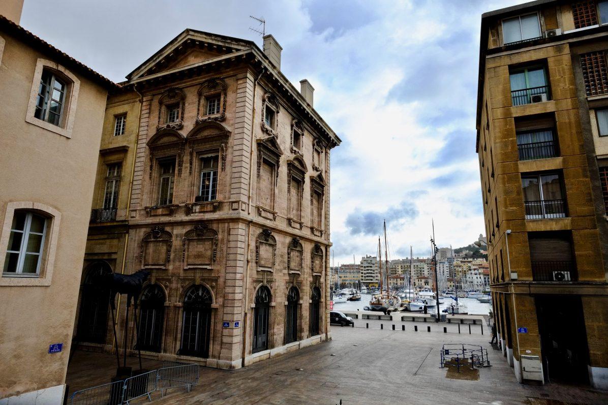 A proximité du vieux port à Marseille, l'une des villes les plus touristiques de France