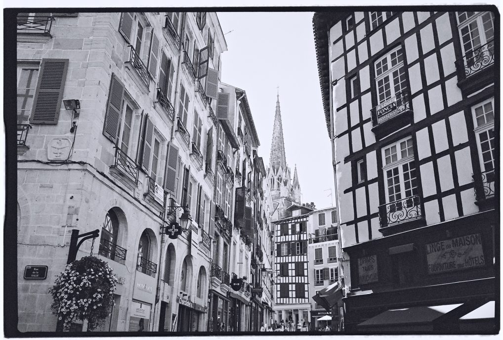 Dans les rues de Bayonne
