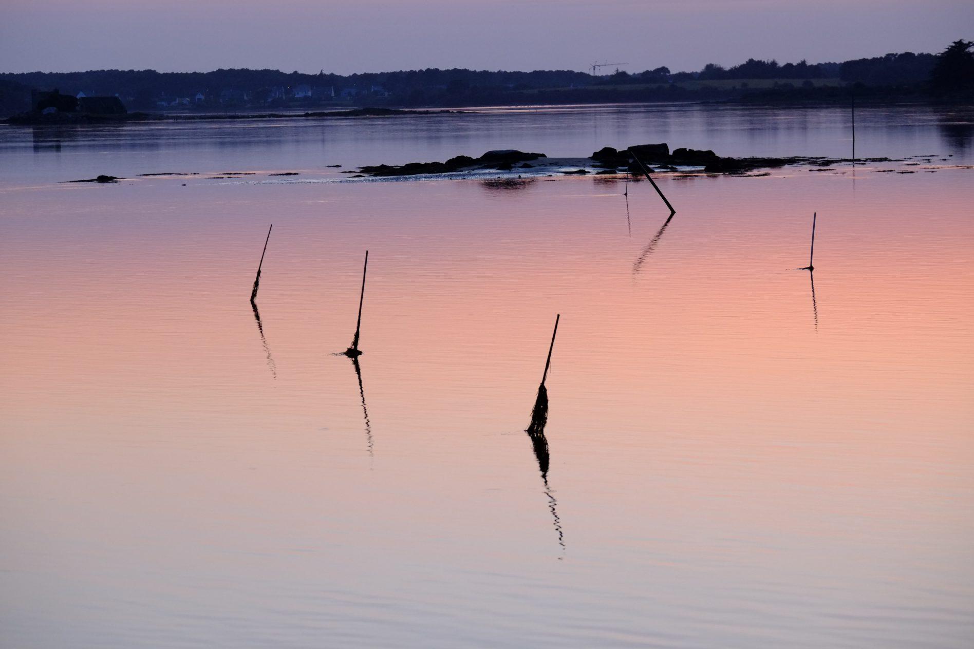 Des reflets au crépuscule sur la Ria d'Etel