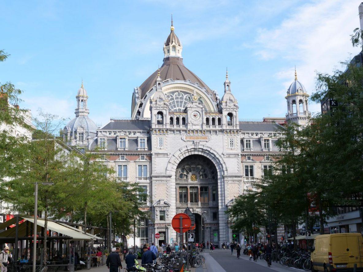 La grande Gare d'Anvers