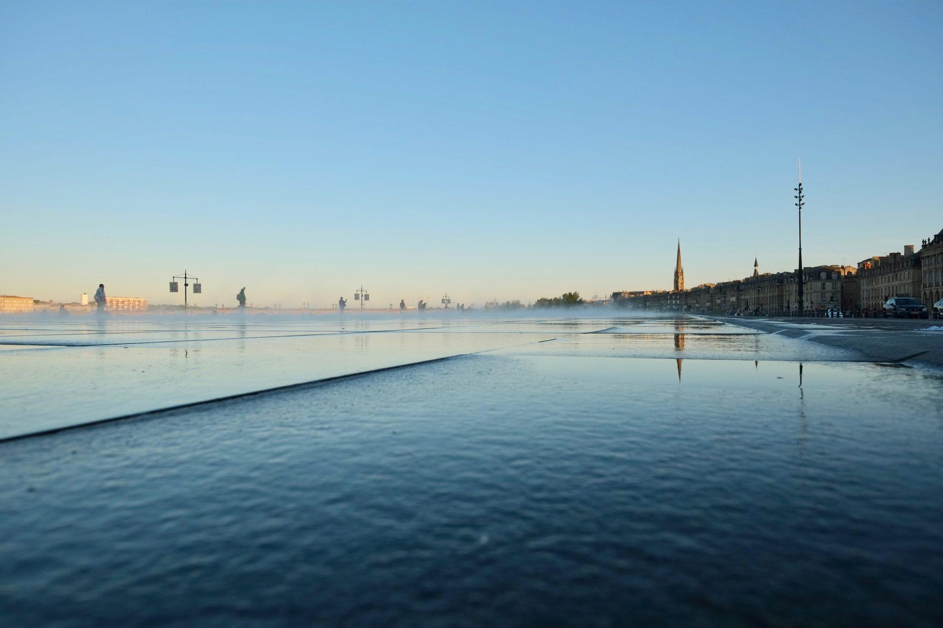 La place du miroir d'eau à Bordeaux