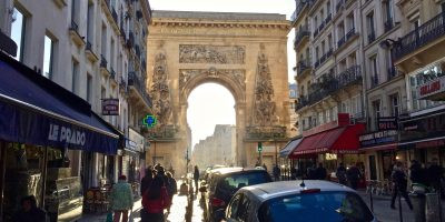 La porte Saint-Martin l'un des arcs de triomphe de Paris