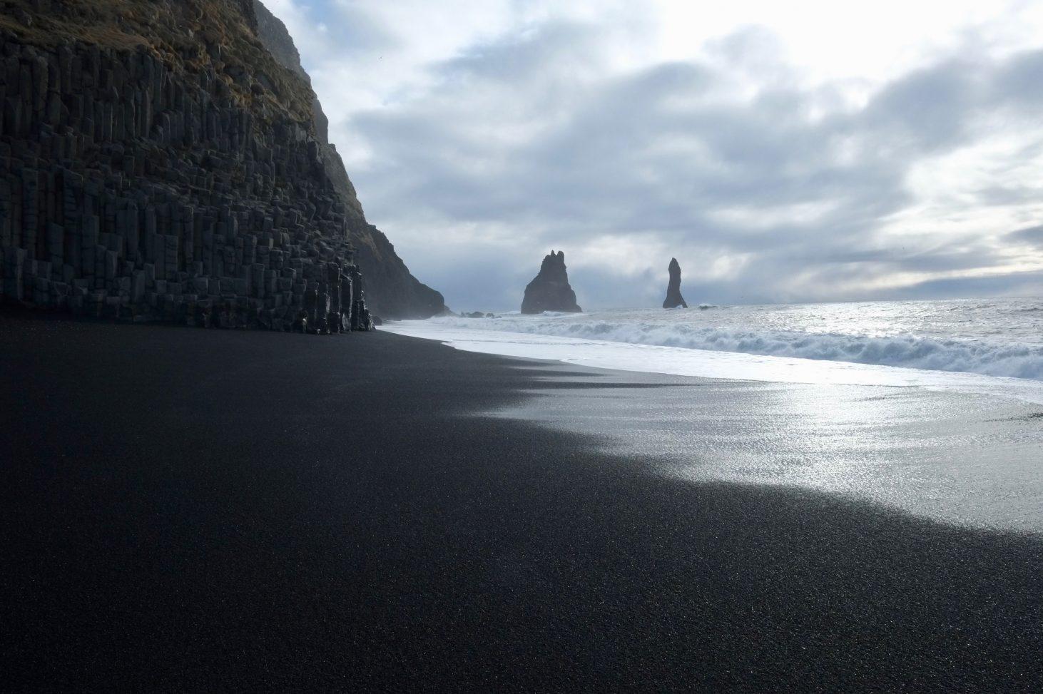 La superbe plage de Reynisfjara