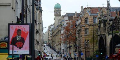 La tour de l'Observatoire de la Sorbonne vue depuis la rue Saint-Jacques