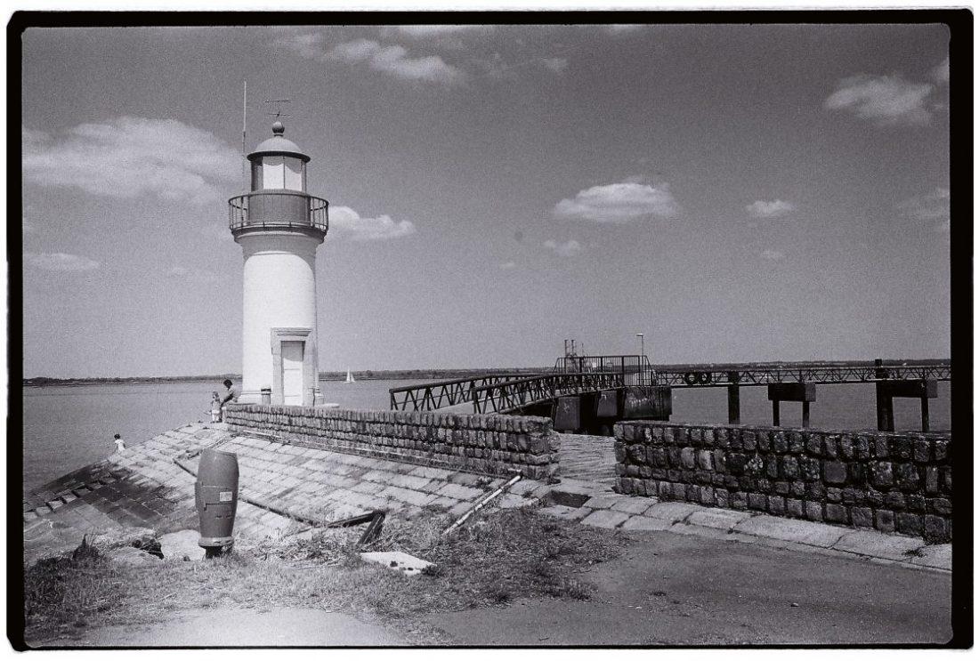 Le petit phare de Paimboeuf le long de la Loire