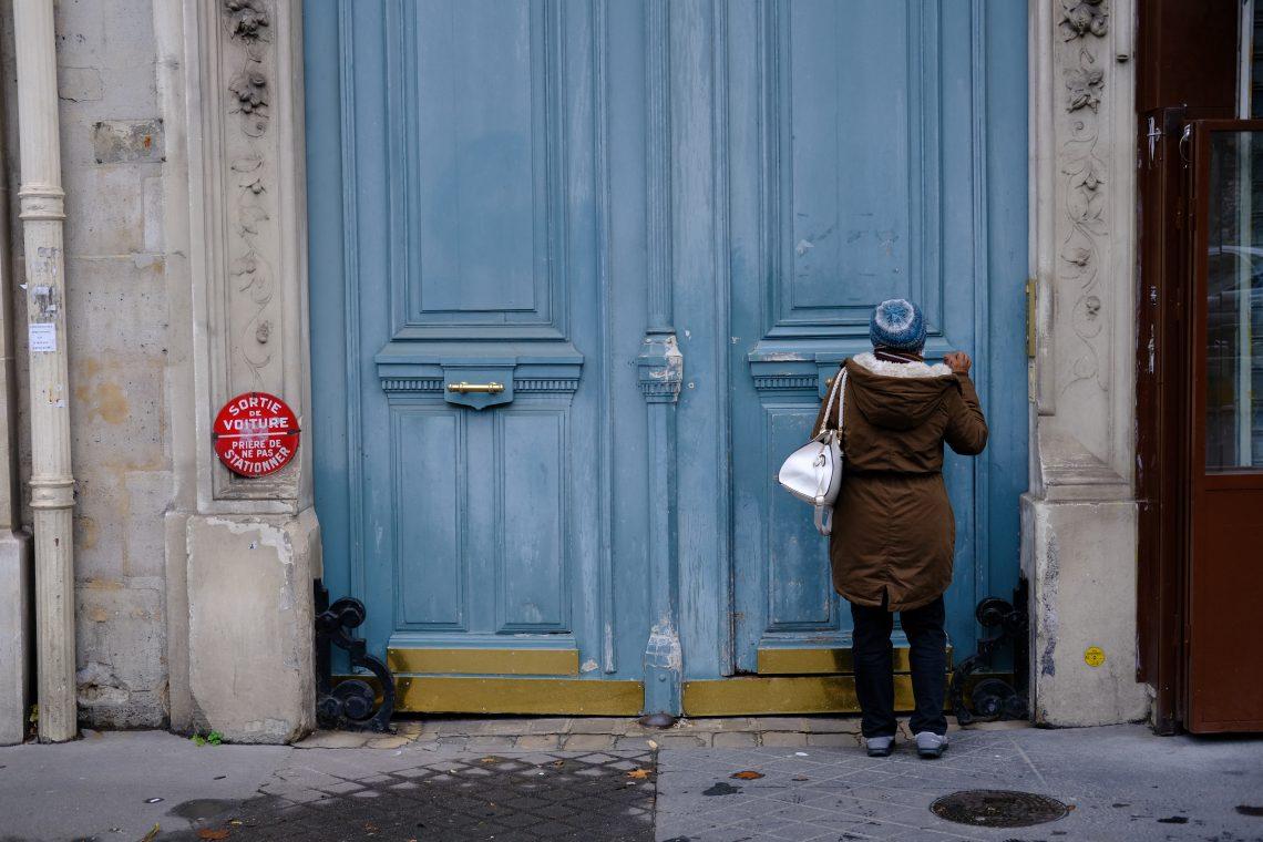 Les imposantes portes des immeubles du Boulevard Saint-Michel
