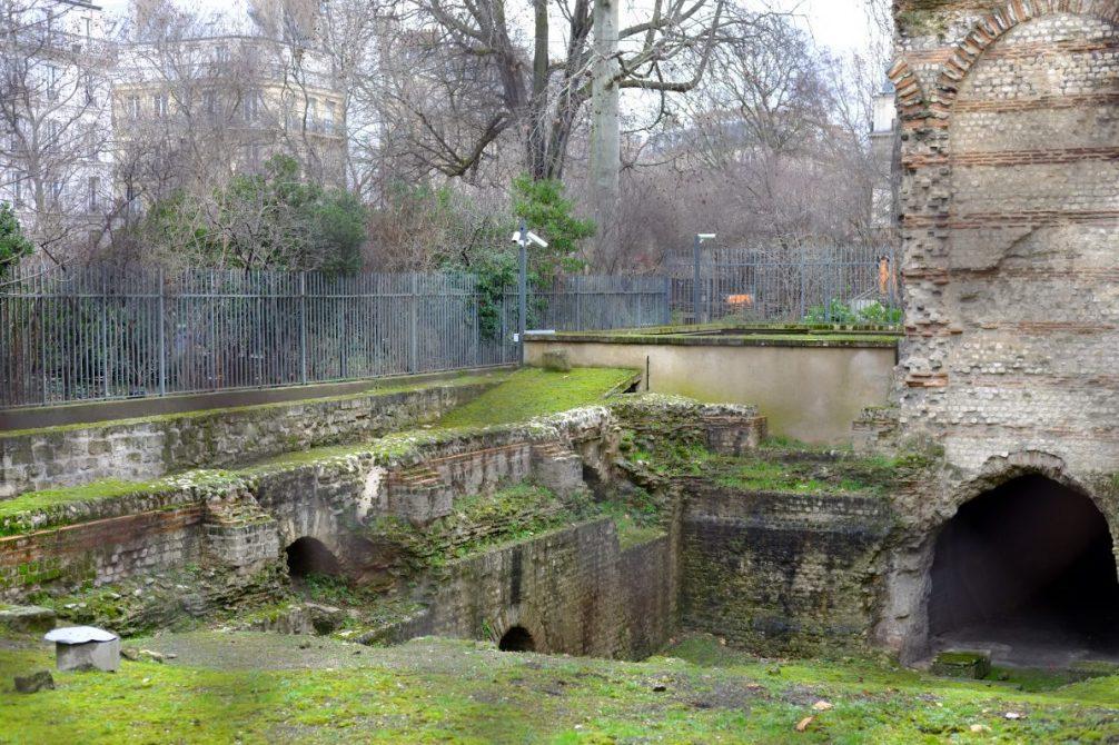 Les ruines au niveau de l'Abbaye de Cluny