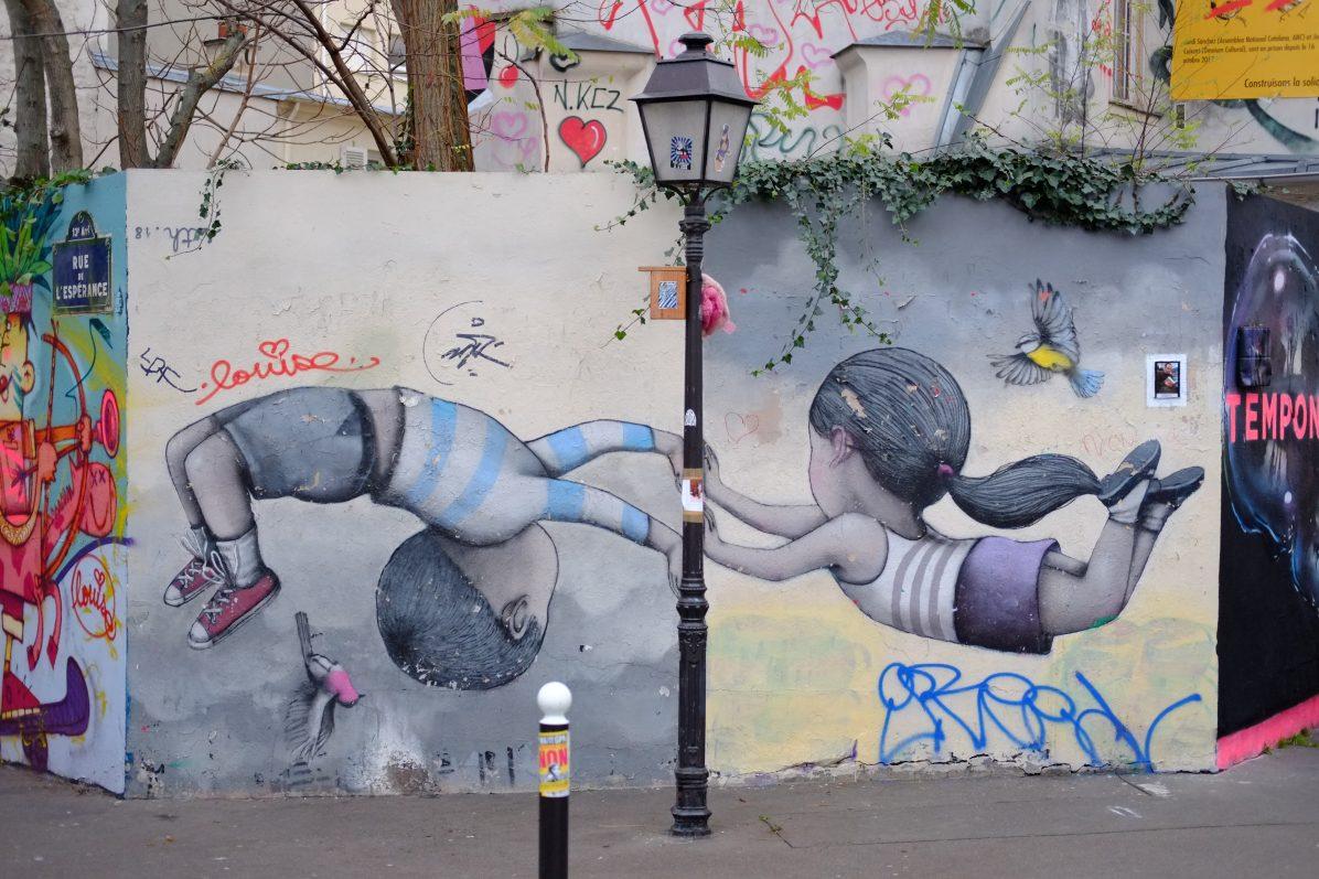 L'un des dessins de street art les plus connus de Paris