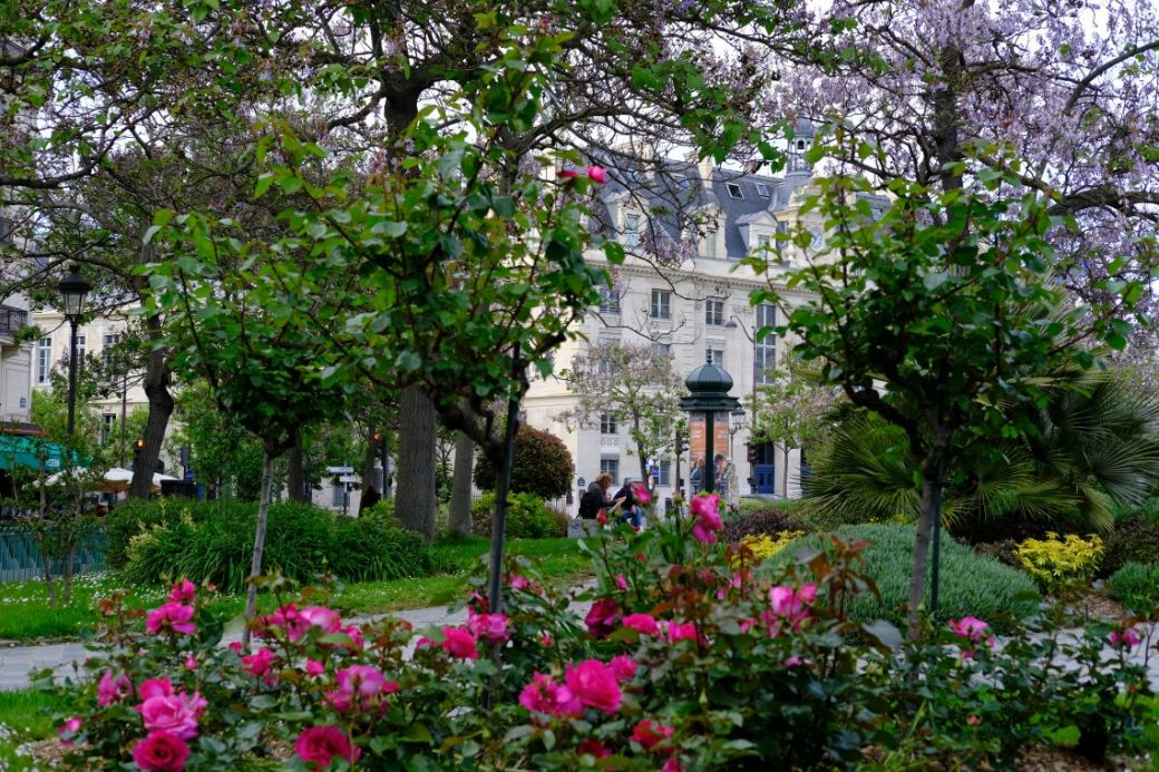 L'un des trois petits jardins méconnus de la place d'Italie