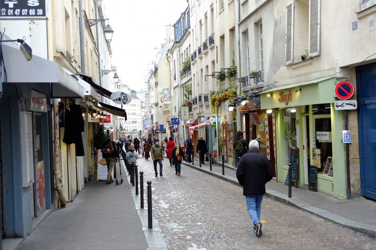 L'une des rues les plus célèbres de Paris, la rue Mouffetard