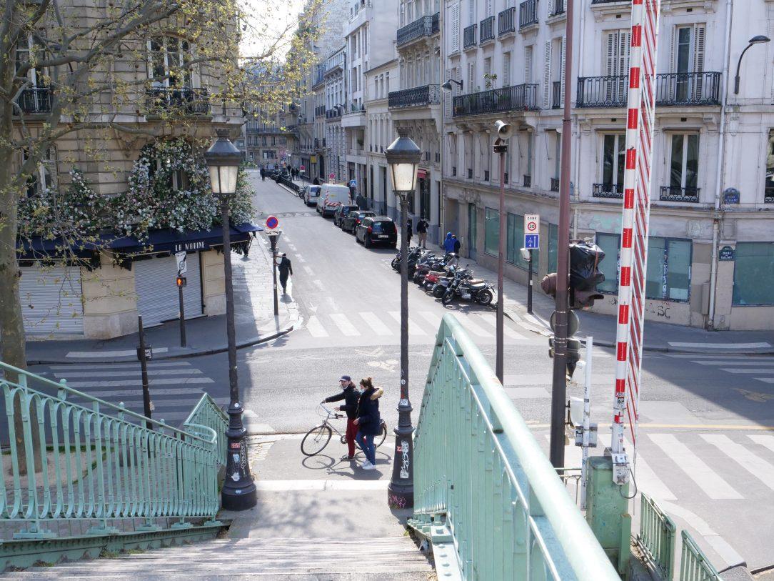 Une vue depuis l'un des ponts du canal Saint-Martin