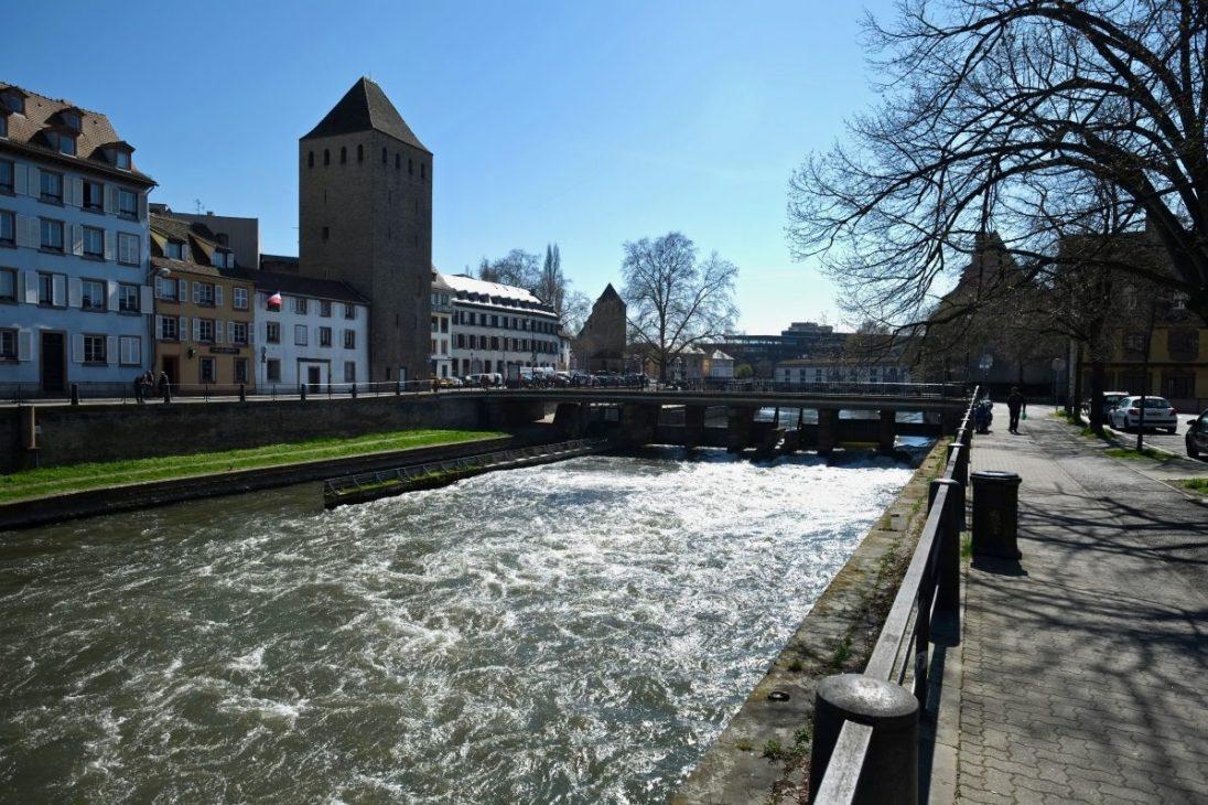 Une vue sur Strasbourg au début du printemps