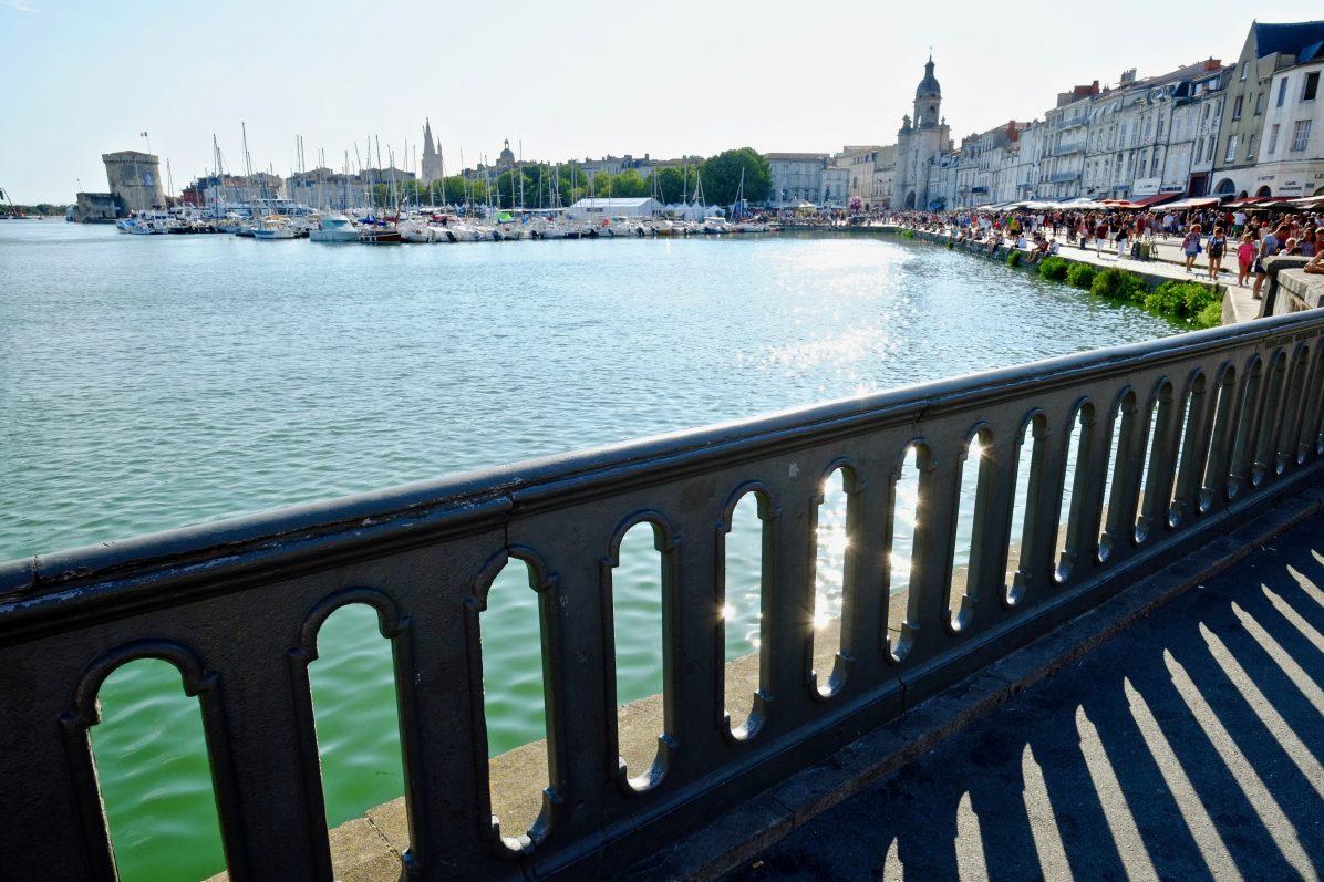 Une vue sur la belle ville de la Rochelle