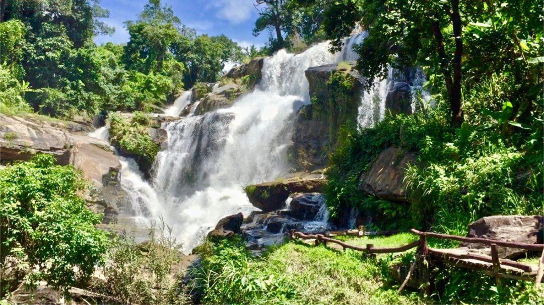 La cascade de Mae Klang dans le parc de Doi Inthanon