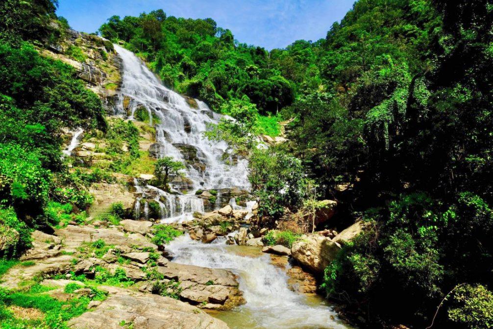 La cascade de Mae Ya et ses 50 nuances de verts
