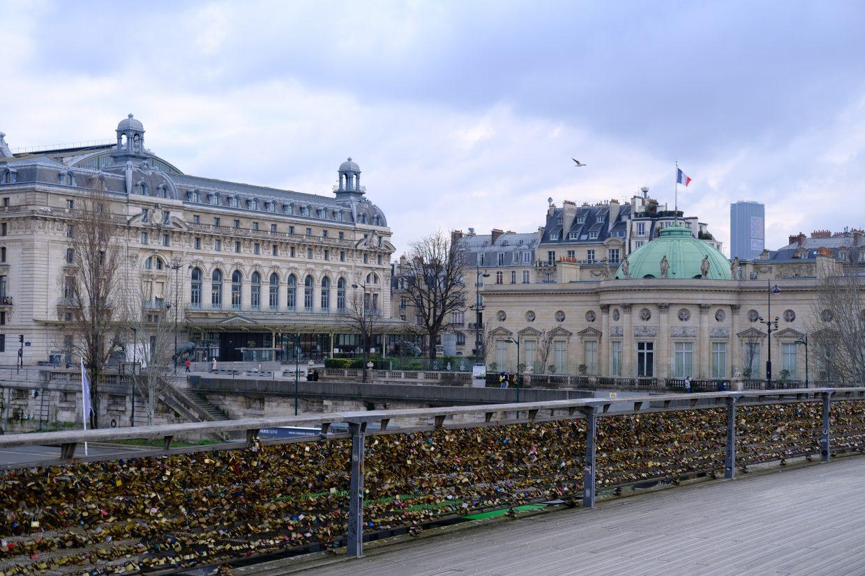 Le musée d'Orsay depuis la passerelle Solférino