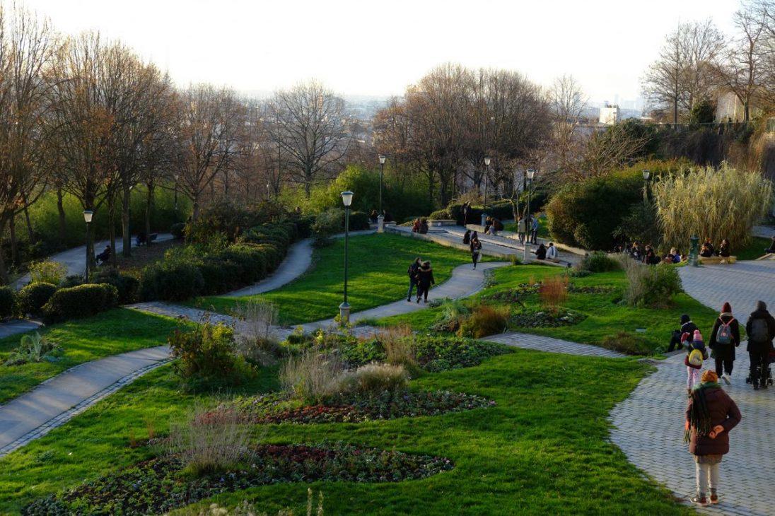 Le parc Belleville à flanc de colline