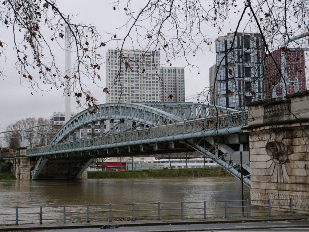 Le pont Rouelle dans l'ouest parisien