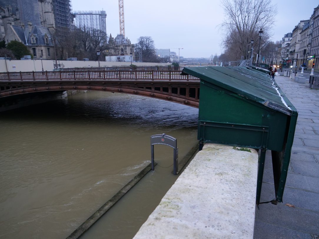 Le pont au double qui permet de relier le 5 ème arrondissement avec le parvis de Notre Dame