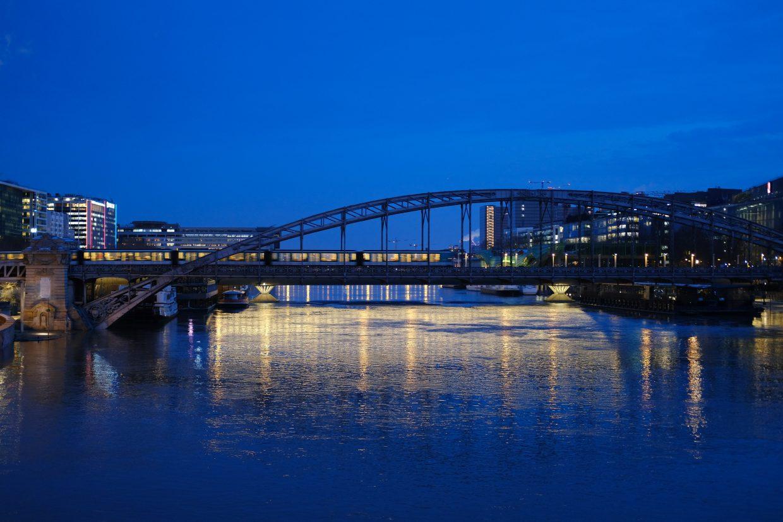 L'heure bleue et le viaduc d'Austerlitz