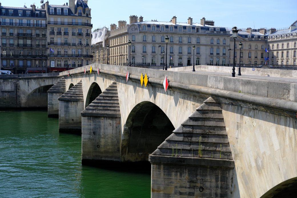 L'un des plus vieux ponts de Paris, le pont Royal
