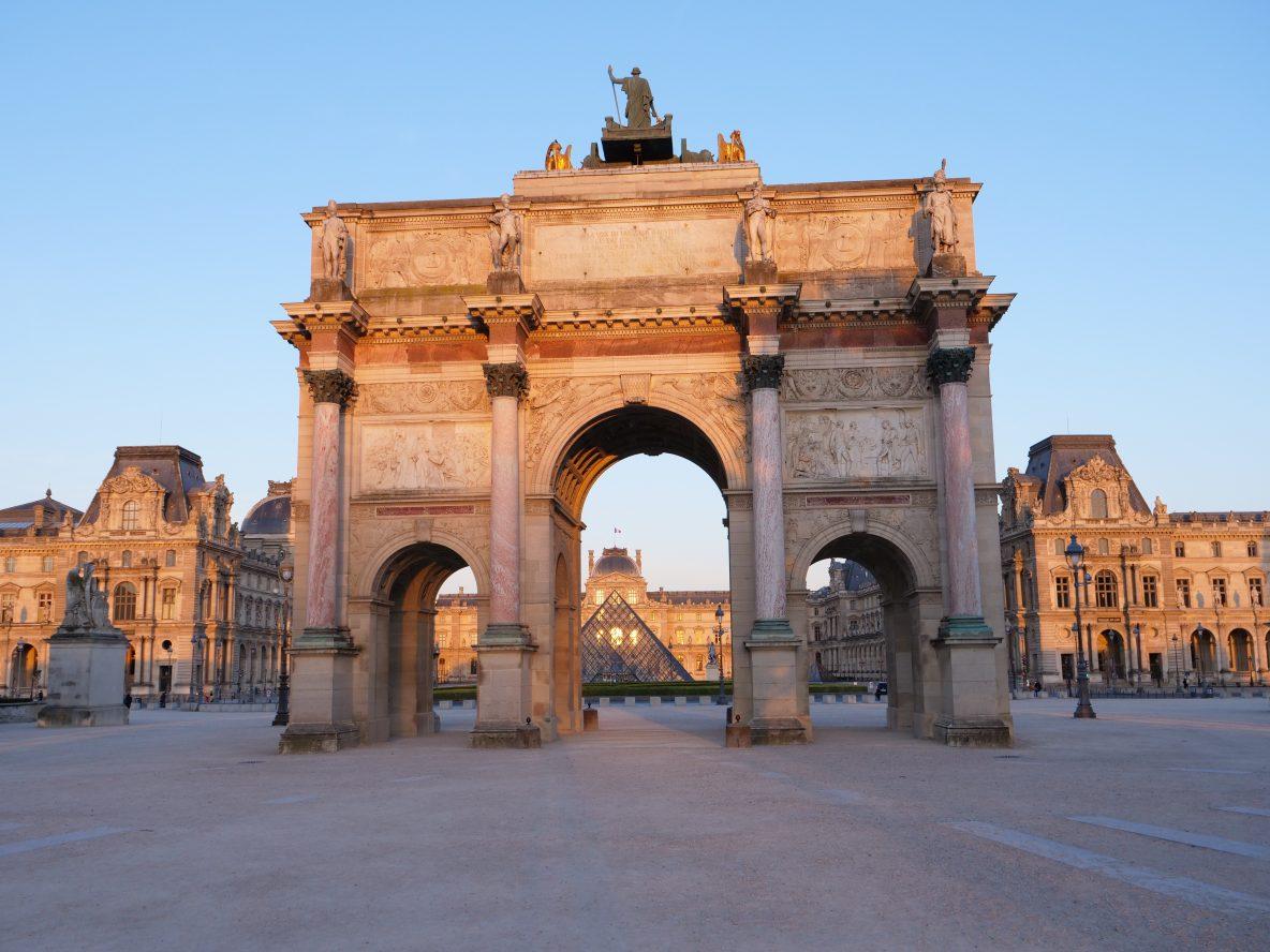 L'arc du Carrousel qui célèbre la victoire d'Austerlitz