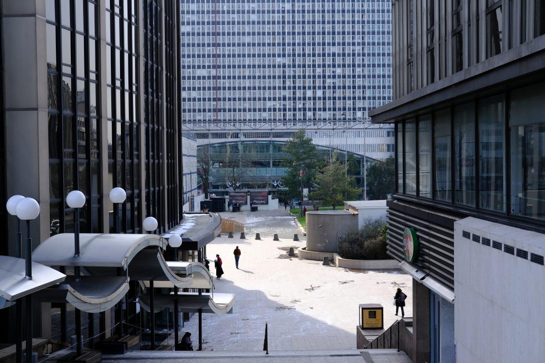 Une vue sur l'entrée de la gare Montparnasse