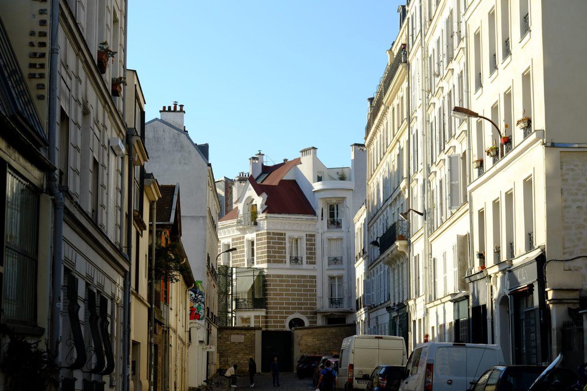 Dans les rues typiques de Montmartre