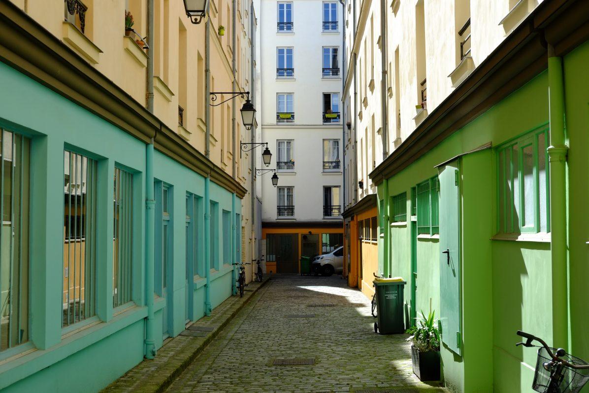 La cour d'Alsace Lorraine c'est la rue Crémieux en mieux