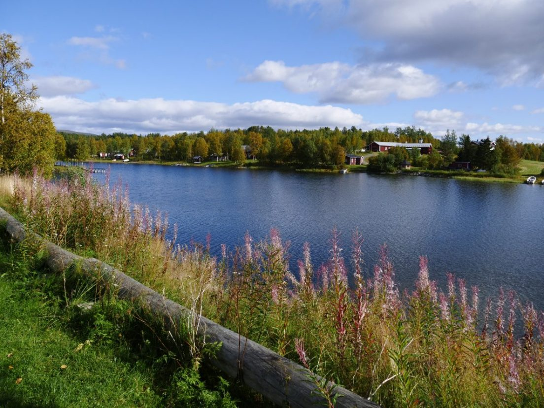 La vue depuis un camping du nord de la Suède
