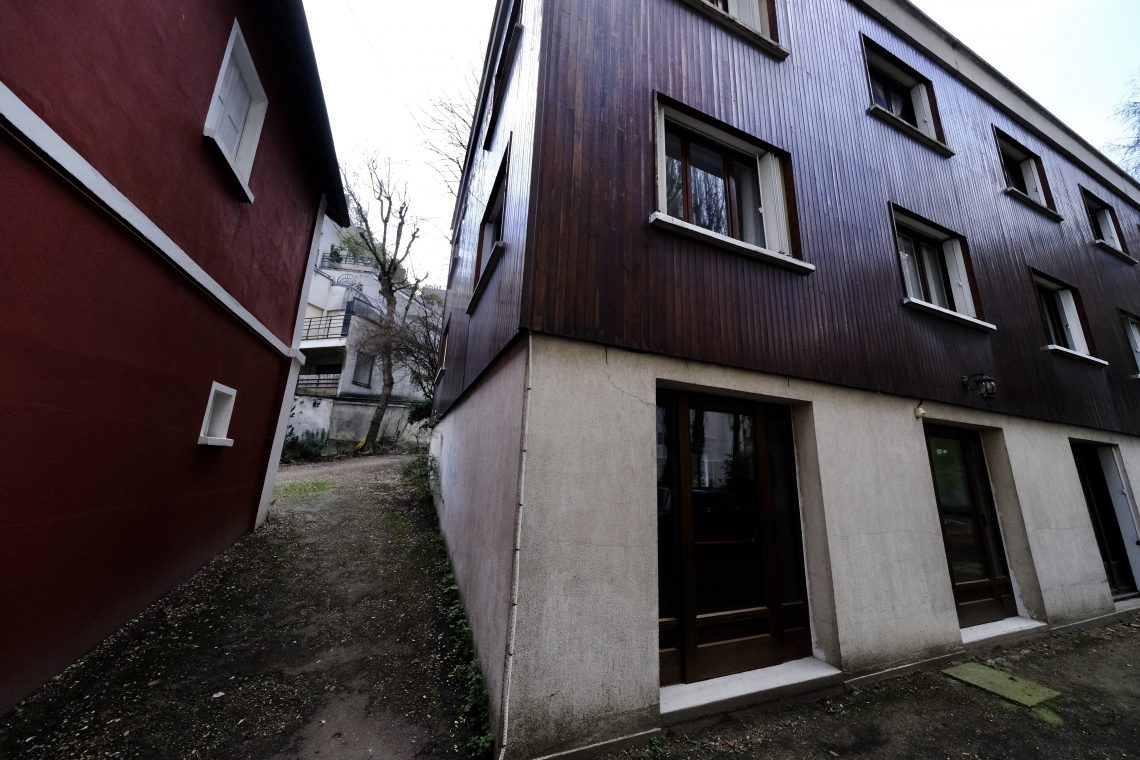 Le bâtiment qui accueille quelques logements pour les étudiants en théologie