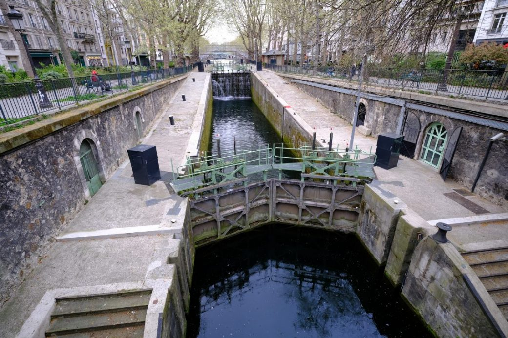 L'une des écluses du canal du dixième arrondissement
