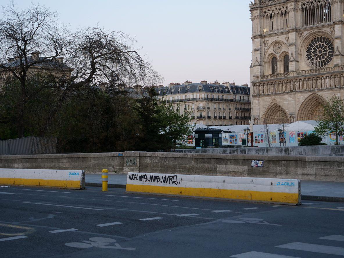 Paris défiguré, le coup de colère des parisiens via le mot clef saccage Paris