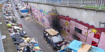 Une décharge à ciel ouvert et envahie par les rats à ciel ouvert en contrebas de la rue Jean Jaurès