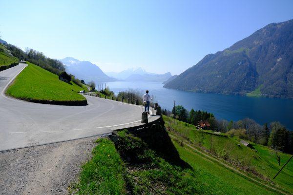Sur la route de Vollingen au bord du lac des Quatre Cantons