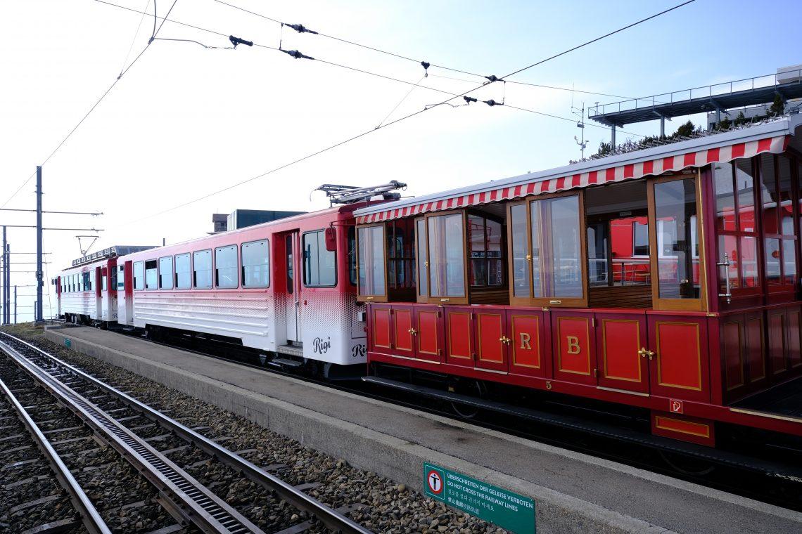 Un wagon historique du premier train de montagne d'Europe