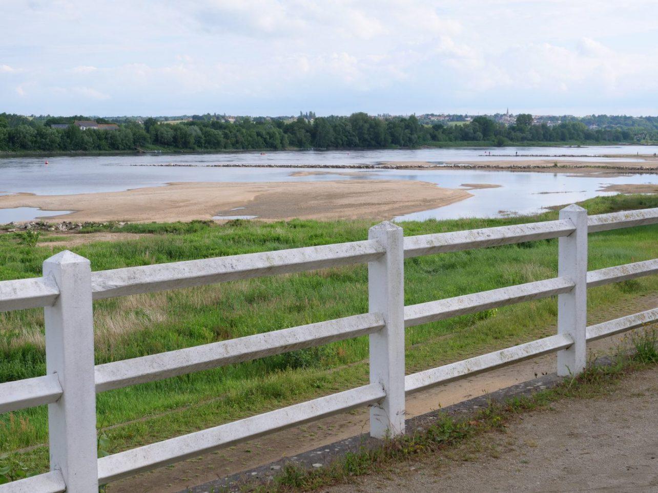 Ancenis offre de jolies balades à pied en bateau ou en vélo le long de la Loire