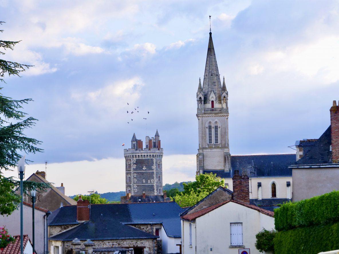La jolie localité d'Oudon sur les bords de Loire