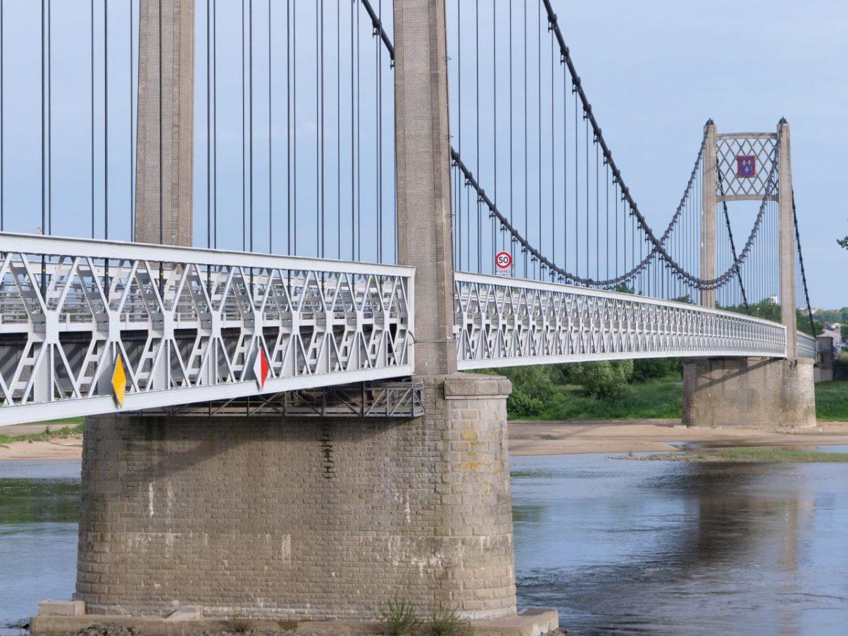 Le joli pont d'Ancenis et la Loire
