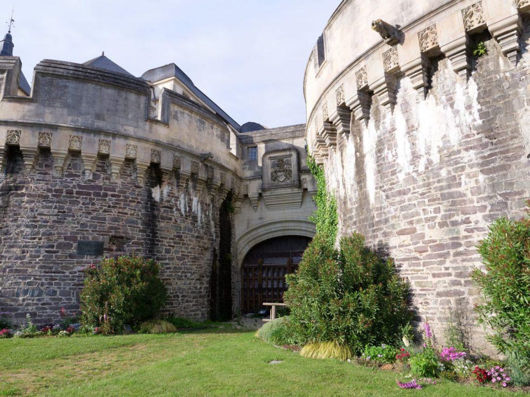 Les imposantes tours du château d'Ancenis