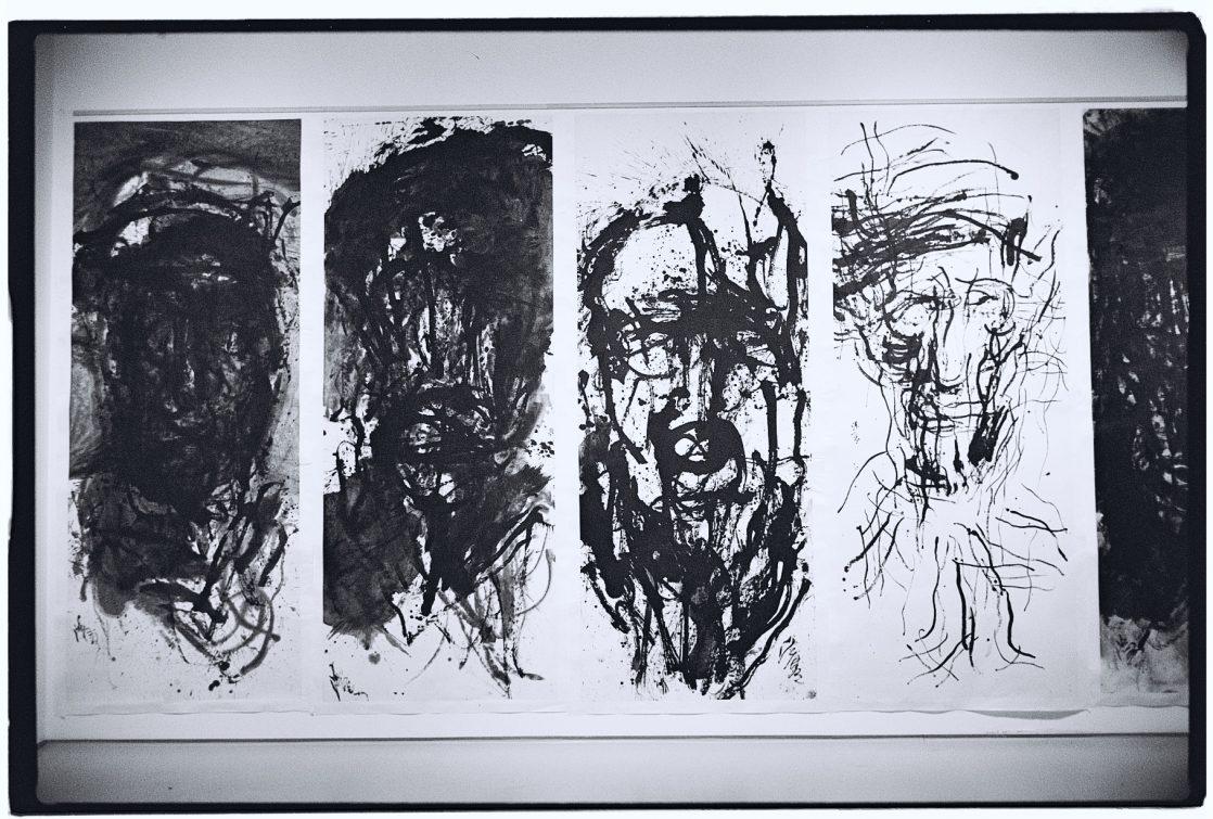 Une oeuvre exposée dans le musée de Songzhuang un village d'artistes à Pékin