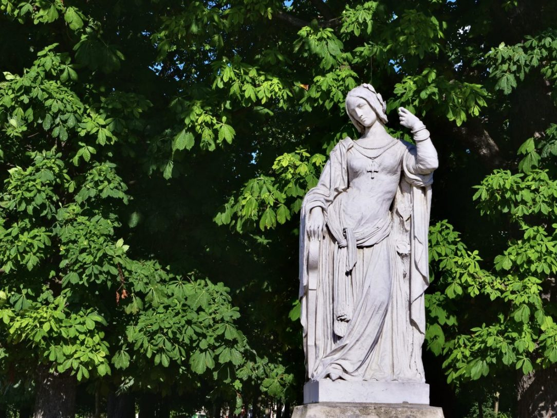 Une statue du jardin du Luxembourg